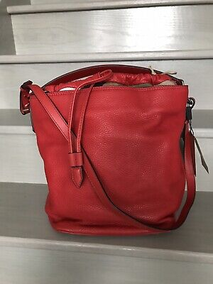 4f6aa1442995 NWT Burberry Pebbled Grain Leather Ashby Hobo Shoulder Tote Bag Cadmium Red