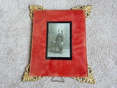4 antique gold decorative corners picture frame with picture of little girl