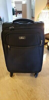 Skyway 20-Inch Spinner Wheels Upright Carry-on  Luggage Black