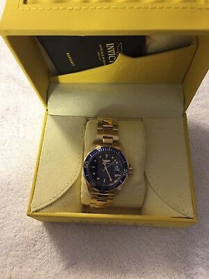 Invicta Pro Diver 8930 40mm Stainless Steel Case Yellow Band Wristwatch - (8930)