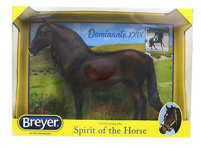 Breyer Traditional 1/9 Model Horse - Dominante XXIX