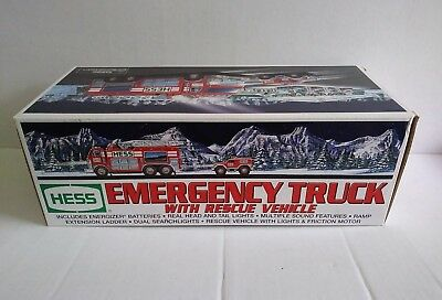 💚 NIB 2005 Hess  emergency truck sirens rescue vehicle horn New Mint In box