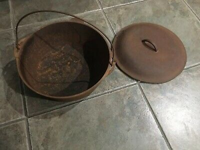 "Vintage Huge Antique Cast Iron Dutch Oven Pot Kettle Lid 10"" Unmarked Lodge"