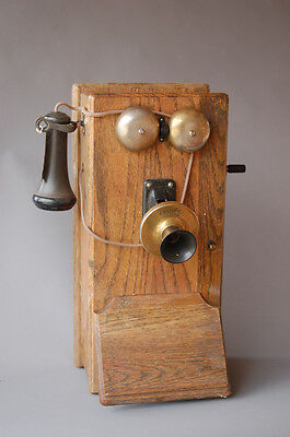 Kellogg early 1900s Dry Cell Wall Mount telephone - Rare in near mint condition