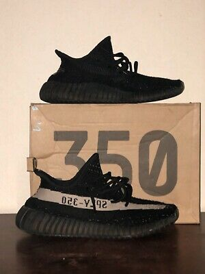 d3e9c8f7f5158 YEEZY BOOST 350 V2 Oreo Size 9.5. Core Black - White.  USED  w ...