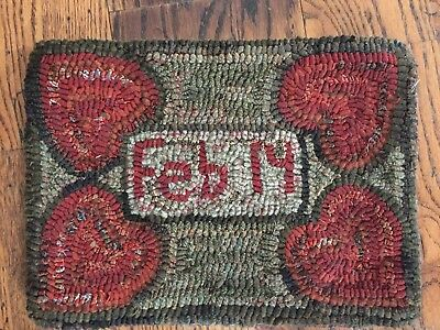 Hand Made Primitive Style Hooked Rug Feb 14 Valentine Hearts Beautiful Colors