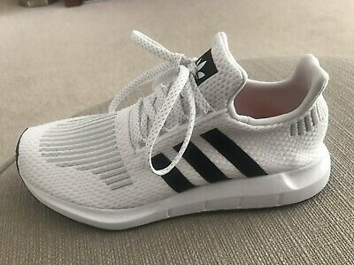 8f2f91b54 ADIDAS ORIGINALS SWIFT Run Size 6 BNIB Running Shoes Trainers - EUR ...