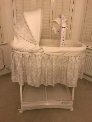 White baby bassinet moses crib Simmons Mothercare hardly used with mobile and wh