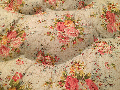 So Pretty!  Gorgeous Vintage Feather Eiderdown  *  Roses * Country Cottage Chic