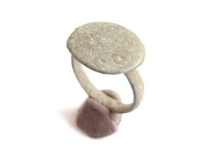 IRON AGE > Ancient Celtic Bronze Fingger Ring - EVIL EYE MOTIF - 700 BC