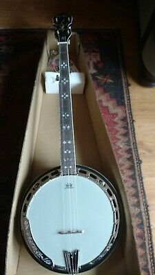 New 5 String Bluegrass Banjo