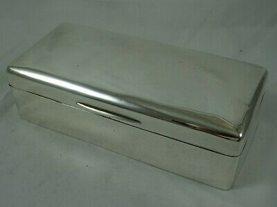 SMART solid silver CIGARETTE BOX, 1911