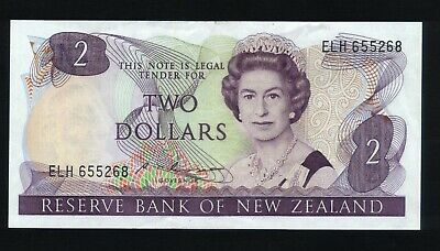 New Zealand $2 Bank note Russell 1985-89 clean  ELH 655268