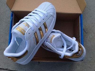 outlet store fa318 d87ab Scarpe Adidas Superstar 2019 Outfit Donna Uomo Oro Lucide Taglia 36 Al 44  2018