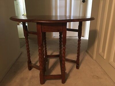 Antique English Oak / Oval / Drop Leaf/ Gate Leg/ Barley Twist Table
