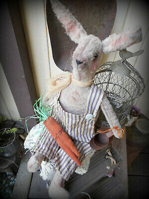 Very Prim Aged Plush Off White Spring Thyme Bunny~With Carrots~~Pfatt~