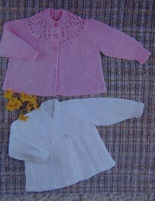 3774ea29d BABY MATINEE COAT Round v-Neck ~4 Ply dk Knitting Pattern Size 3-6 ...