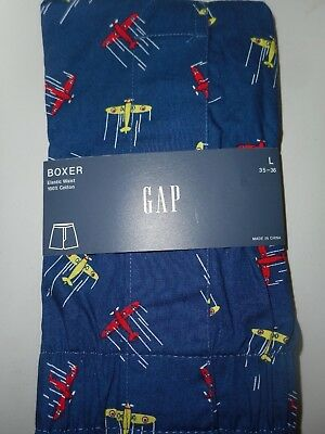 GAP NWT Men's Large 37 38 39  waist navy with yellow red airplanes cotton boxer