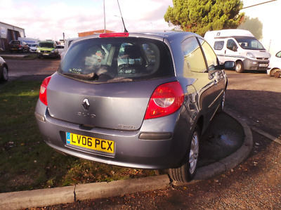 Renault Clio III PH1 2006-2008 1.2 16v Engine Gearbox Breaking Panels Spares