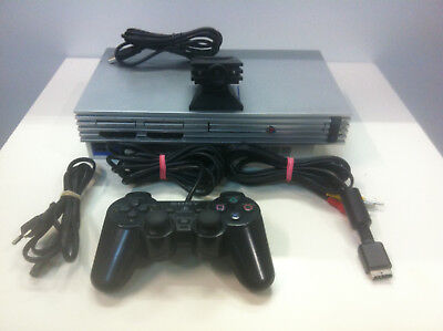 Sony PlayStation 2 Spielekonsole Silber PS2 PAL SCPH-50004 +EyeToy Kamera+Contr.