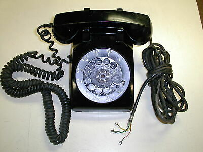 Vintage 1953 Black Bell Systems Western Electric  500 Rotary Dial Desk Telephone