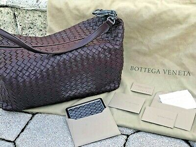 f808b9281b62 Bottega Veneta Intrecciato Nappa Woven Leather Shoulder Bag Purse Dark  Barolo