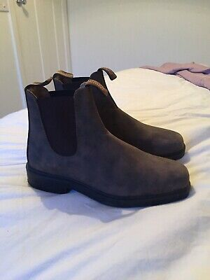 Womens Blundstone Boots Size 7 Immaculate Condition  (unwanted Gift)