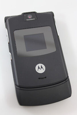 Motorola Razr VGA Zoom 4x + Brookstone Leather Belt Clip Carrying Case