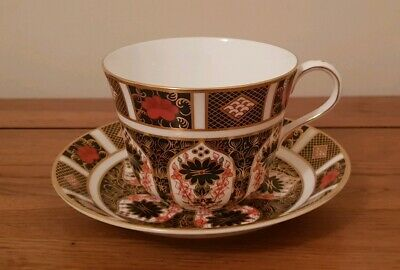 """Royal Crown Derby Old Imari 1128 Pattern """"BREAKFAST CUP & SAUCER"""" - 1st Quality."""