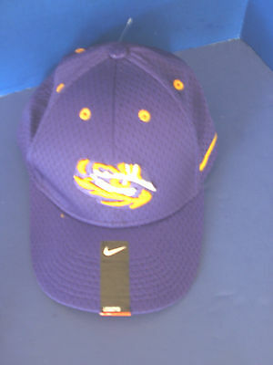 online retailer 48bd5 bfbfe NIKE Dri-Fit LEGACY~LSU TIGERS Purple FLEX Mesh Cap   Hat~Men s