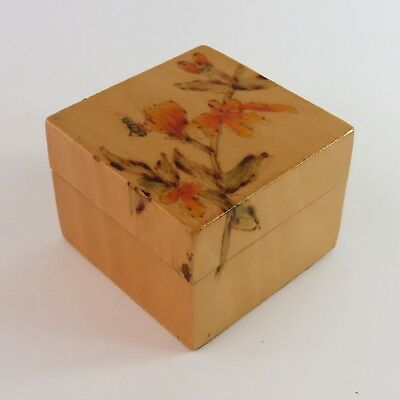 Vintage Chinese Lacquered Hand Painted Wooden Trinket Jewellery Ring Box, Floral