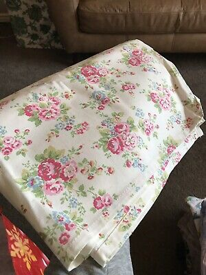 Large Cath Kidston White Floral Print Tablecloth Brand New Unused
