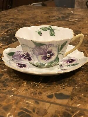 SHELLEY PURPLE PANSY 13823 ENglish bone china CUP AND SAUCER