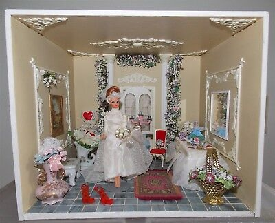 Vtg Wedding Dollhouse Says Yes to the Dress Roombox Dawn Doll Size FILLED