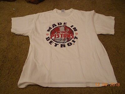 Kid Rock Made in Detroit, Detroit Pistons T-Shirt Size XL