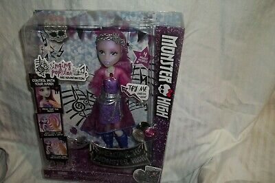 Monster High Pop Star Ari Hauntington (Daughter Of Ghosts) Mattel Dnx66 Nib