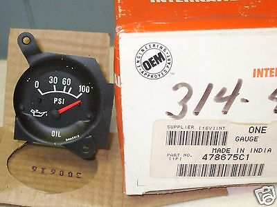 International Oil Pressure Gauge 478675C1