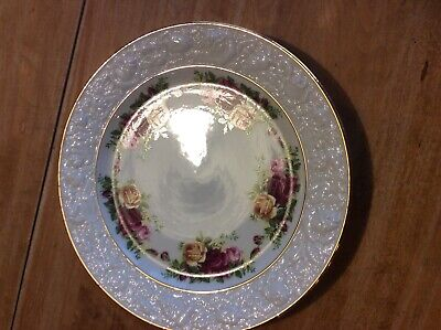 Royal Albert Old Country Square Sculpted Salad Plate W / Sticker