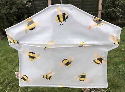Peg bags,handmade Peg Bag,laundry Bag,clothes Peg Bag,bees oilcloth