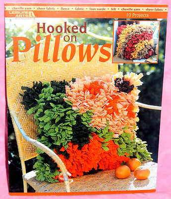 Leisure Arts Hooked On Pillows Latch Hooking Pattern Book Dragonfly Vine Decor