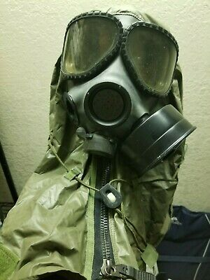 M40 Gas Mask Large With Carry Bag