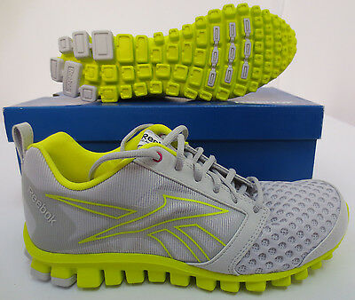 f4adbac8409 Reebok Realflex Scream 2.0 Sz 8 Running Work Out Casual Athleticj99467 Nwb  Shoes