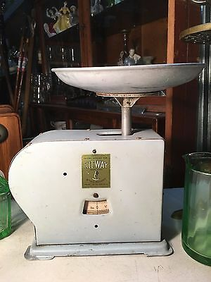 Vintage 1940's British Made Country Kitchen Shop Cafe Display Kitway Scales