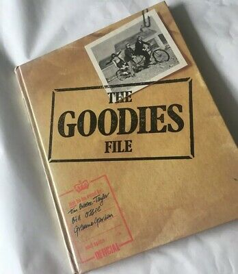 The Goodies File Hardcover Book Original Vintage GUC '74 Fan Collectors