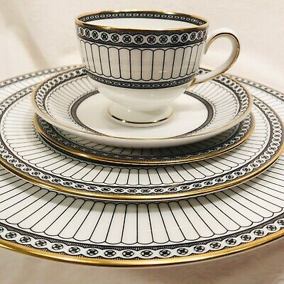 Wedgwood Colonnade Black Bone China 5 Piece Place Setting Made In England