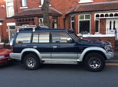 4x4 Mitsubishi pajaro relisted due to time waster