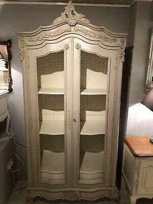 Stunning Painted French Style 2 Door Armoire Linen Press FREE DELIVERY WITH BIN