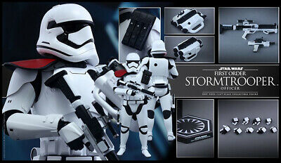 Hot Toys Star Wars The Force Awakens StormTrooper Officer 1/6 Scale Figure NEW