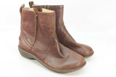 3d26a09cd9d UGG NEEVAH WOMEN'S Leather Boots Chocolate 5M 1004177 - $45.00 ...