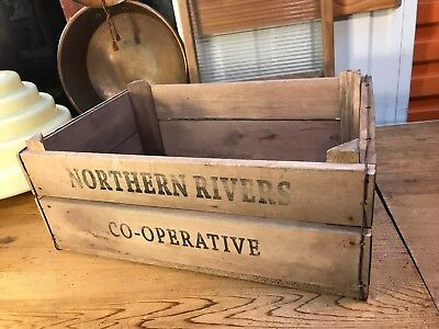 Vintage StYle Norther Rivers Co-Operative Timber Carry Storage Crate